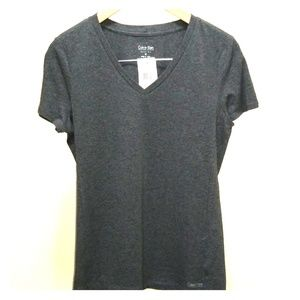 NWT Calvin Klein V neck Tshirt M
